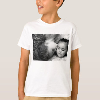 A Kiss For O/Sisters Forever Kids T-Shirt
