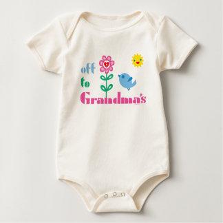 A la abuela mameluco de bebé