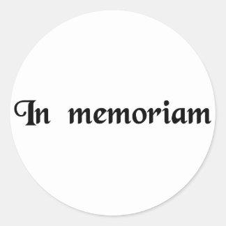A la memoria de… pegatina redonda