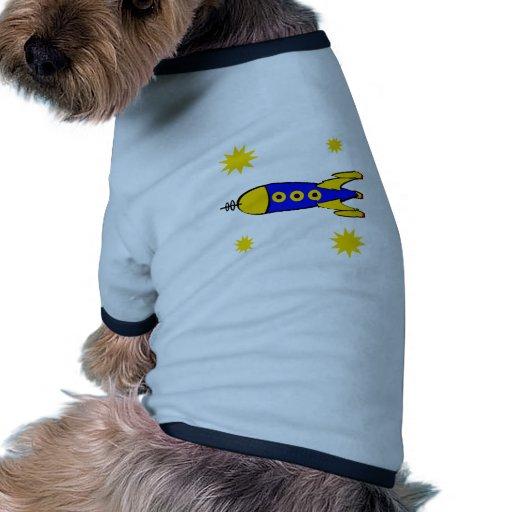 A la nave espacial retra de la luna camiseta con mangas para perro