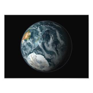 A la vista de la tierra que destaca la Antártida Cojinete