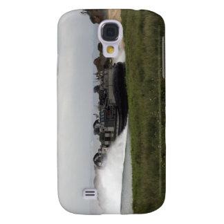 A landing craft air cushion comes ashore samsung galaxy s4 cover