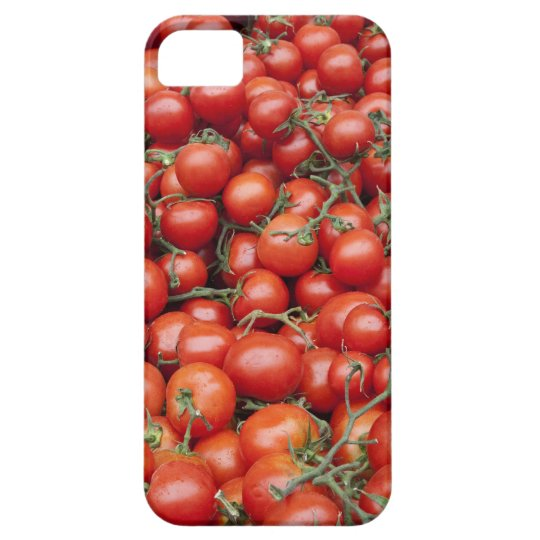 A large crop of tomato on a market stall in iPhone SE/5/5s case