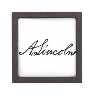 A Lincoln signature Gift Box