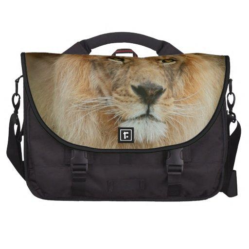 A Majestic lion Laptop Bags