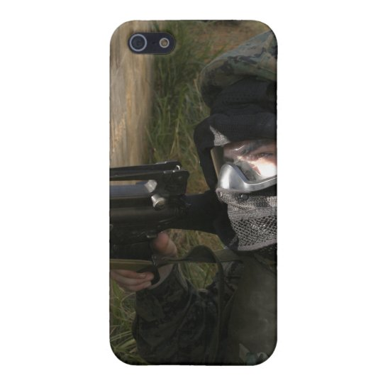 A Marine provides security Case For iPhone SE/5/5s