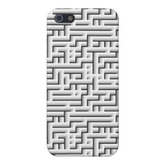a MAZE ing Cover For iPhone 5