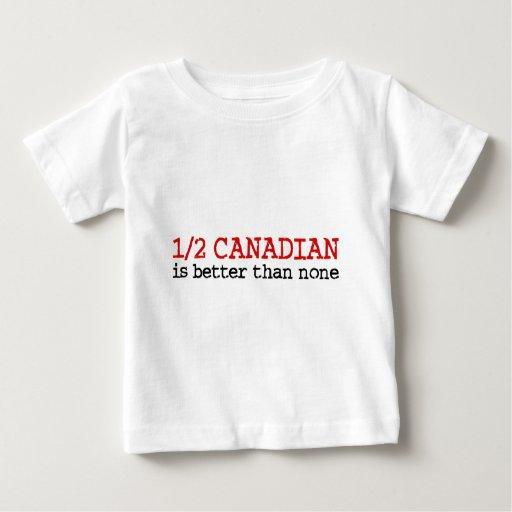 A medias canadiense playera de bebé