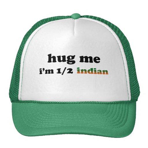 A medias indio gorro de camionero