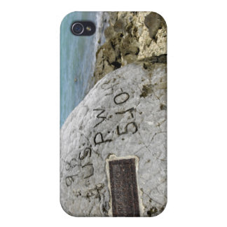 A memorial to prisoners of war on Wake Island iPhone 4/4S Case