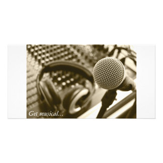 A microphone and headphones card