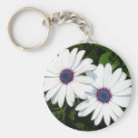 A Pair of White African Daisies Keychains