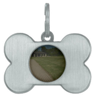 A path to shelter pet ID tag