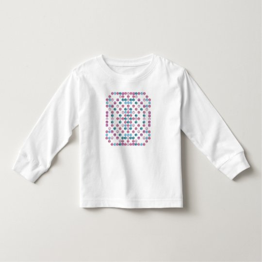 A Pearl and Gem Design Makes T-shirt Shine
