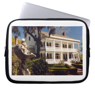 A Plantation On The Mississippi Laptop Sleeve
