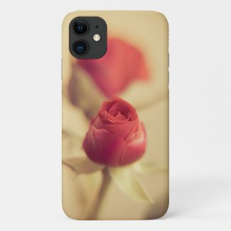 A red rose for your sweetheart… iPhone 11 case