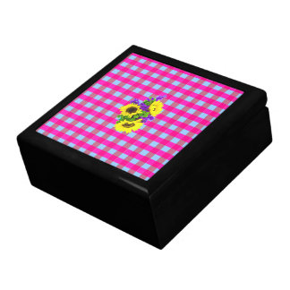 A Retro Pink Teal Checkered Sun Flower Pattern. Gift Boxes