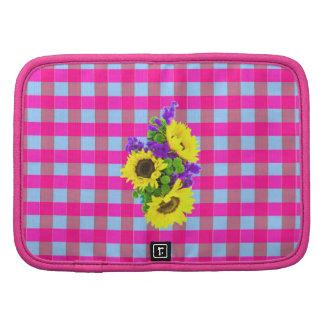 A Retro Pink Teal Checkered Sun Flower Pattern. Planner
