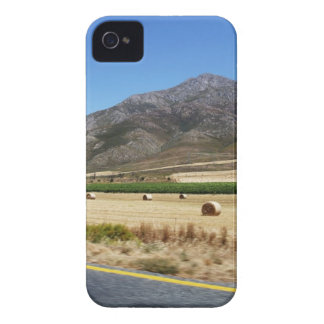 A road through South Africa's beautiful mountains iPhone 4 Cover