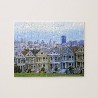 A row of Victorian homes Puzzles