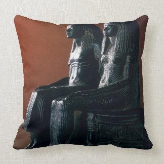 A seigneurial couple in ceremonial clothes New Ki Pillows