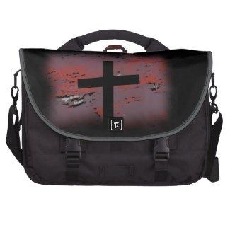 A Silhouette Cross Laptop Messenger Bag