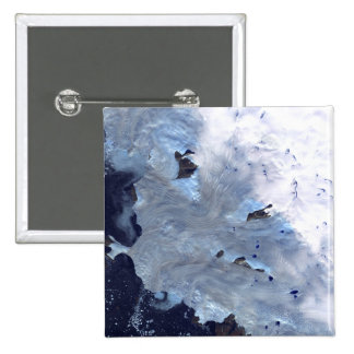 A small field of glaciers surrounds Baffin Bay Button