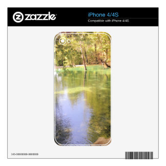 A small lake, water nature theme skins for iPhone 4