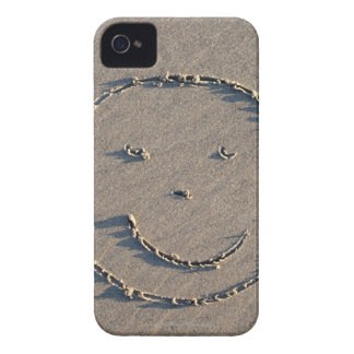 A smiley face drawn in sand. iPhone 4 Case-Mate case