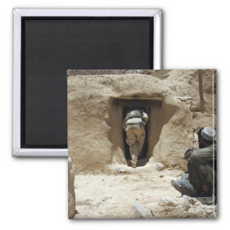 A soldier from the National Guard 2 Inch Square Magnet
