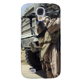 A soldier provides security for Marines Samsung Galaxy S4 Cover