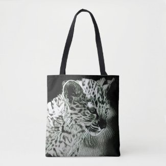 A Stunning Arabian Leopard Cub Tote Bag