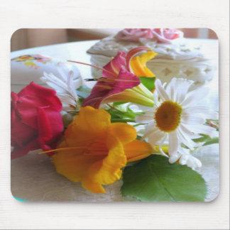 A Summer Bouquet Mousemat