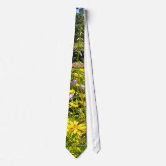 A Summer Garden tie