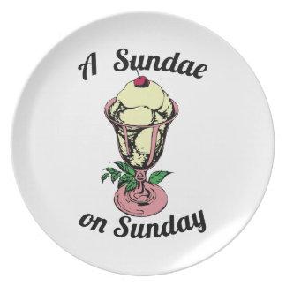 A Sundae on Sunday Party Plates