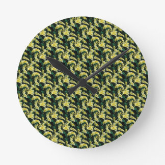 A touch of the green round wall clock