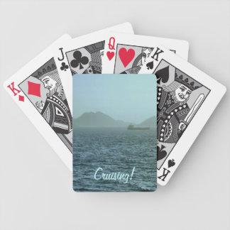 A través de la niebla baraja cartas de poker