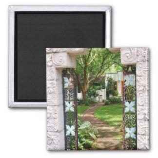 A través de la puerta de jardín imán cuadrado