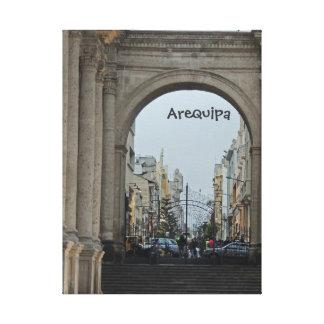 A través de los arcos - plaza de Armas-Arequipa, P Impresión De Lienzo