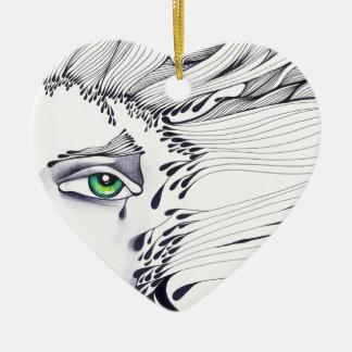 A través de los ojos de una mujer adorno de cerámica en forma de corazón