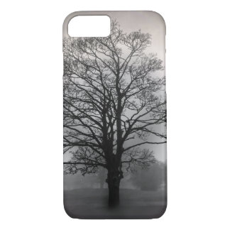 A Tree in the Fog iPhone 7 Case