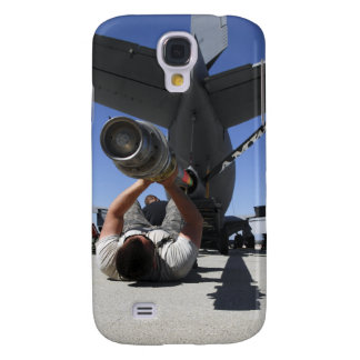 A US Air Force Airman lifts the boom of a KC-13 Galaxy S4 Case