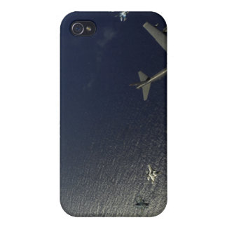 A US Air Force B-52 Stratofortress aircraft 2 iPhone 4/4S Cases