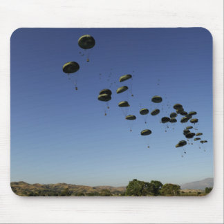 A US Air Force C-17 Globemaster III 2 Mouse Pad