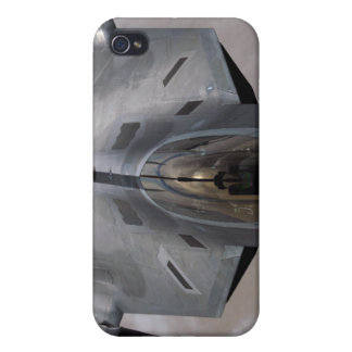 A US Air Force F-22 Raptor is refueled iPhone 4/4S Cases