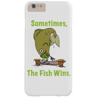A veces los triunfos de los pescados funda barely there iPhone 6 plus