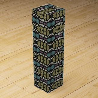 a very nice geometric pattern wine box
