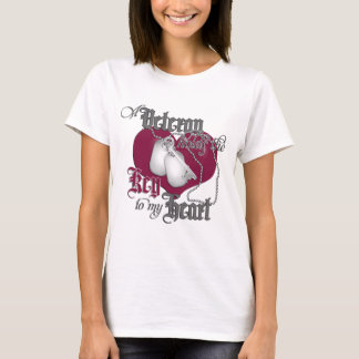 A Veteran holds the Key to my Heart T-Shirt