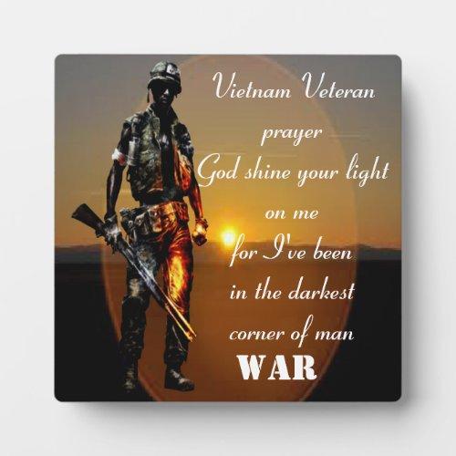 a vietnam veteran prayer plaque