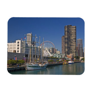 A view of Chicago's Navy Pier 2 Magnets